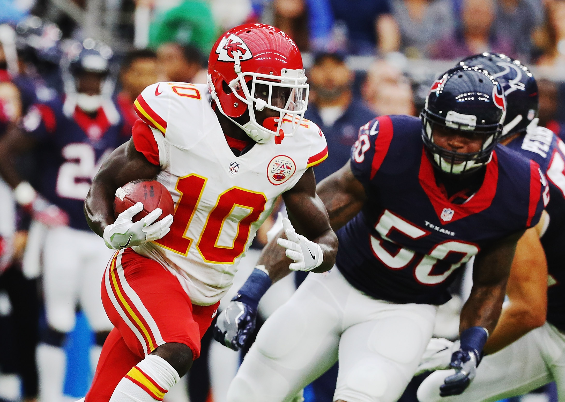 Texans star will miss rest of Chiefs game