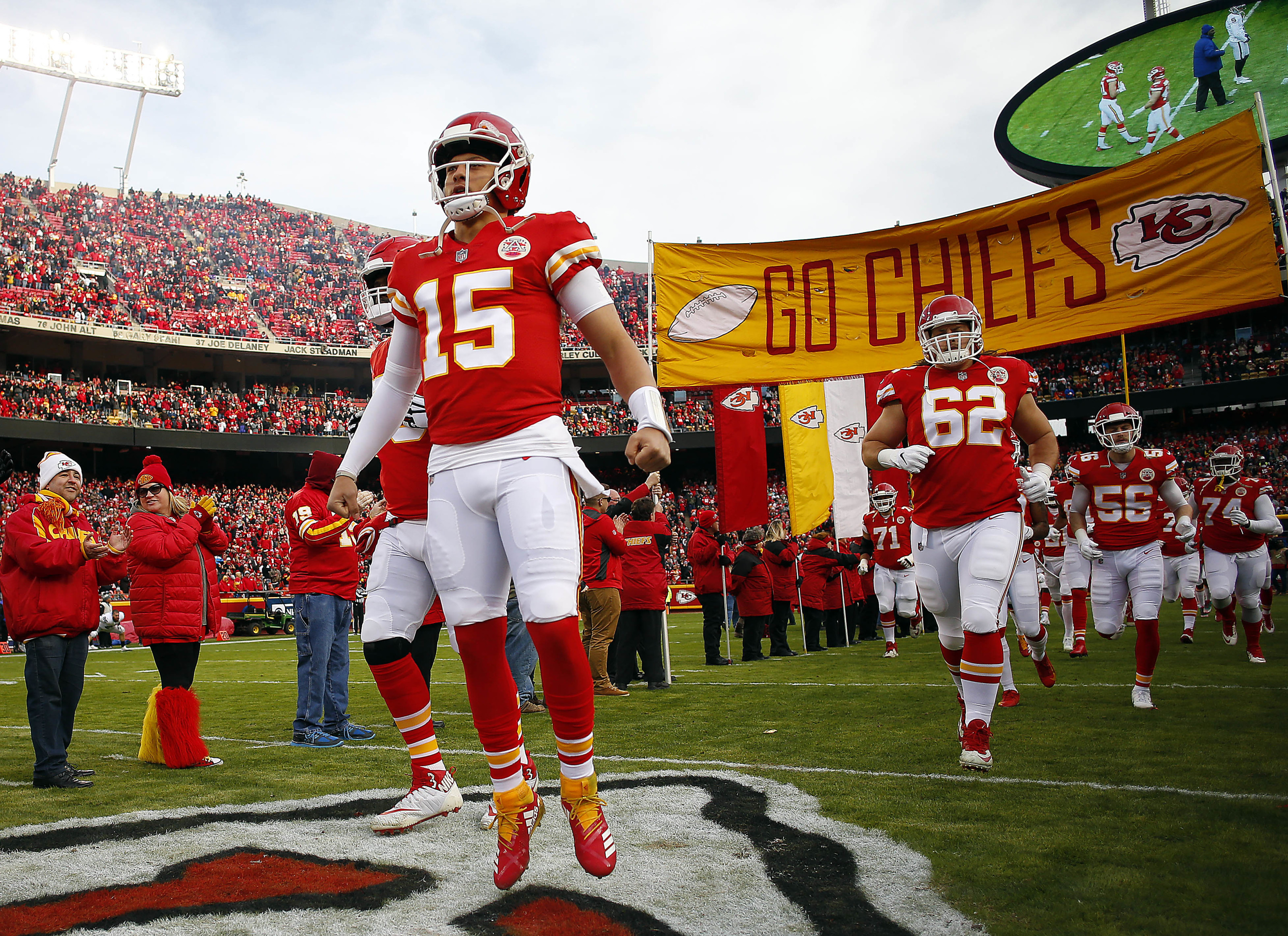 Mitchell Schwartz says Chiefs are invigorated by Patrick Mahomes' motivation